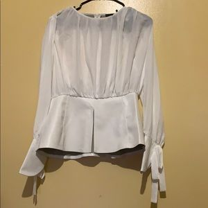 New With Tag Elegant Blouse For Especial Occasion